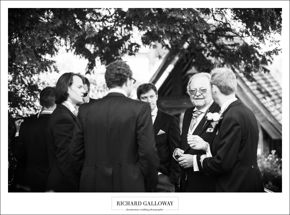Richard Galloway in Berkshire Hampshire Wedding Photography 003
