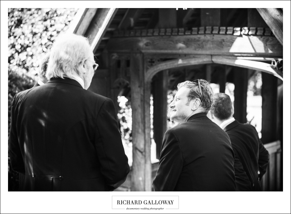 Richard Galloway in Berkshire Hampshire Wedding Photography 009