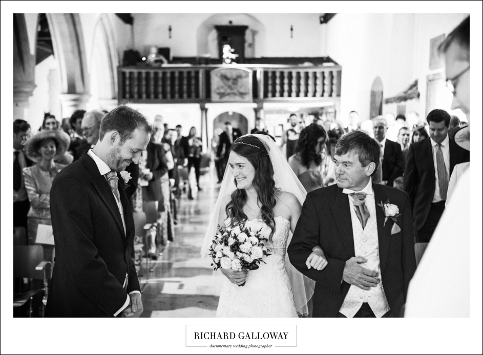 Richard Galloway in Berkshire Hampshire Wedding Photography 022