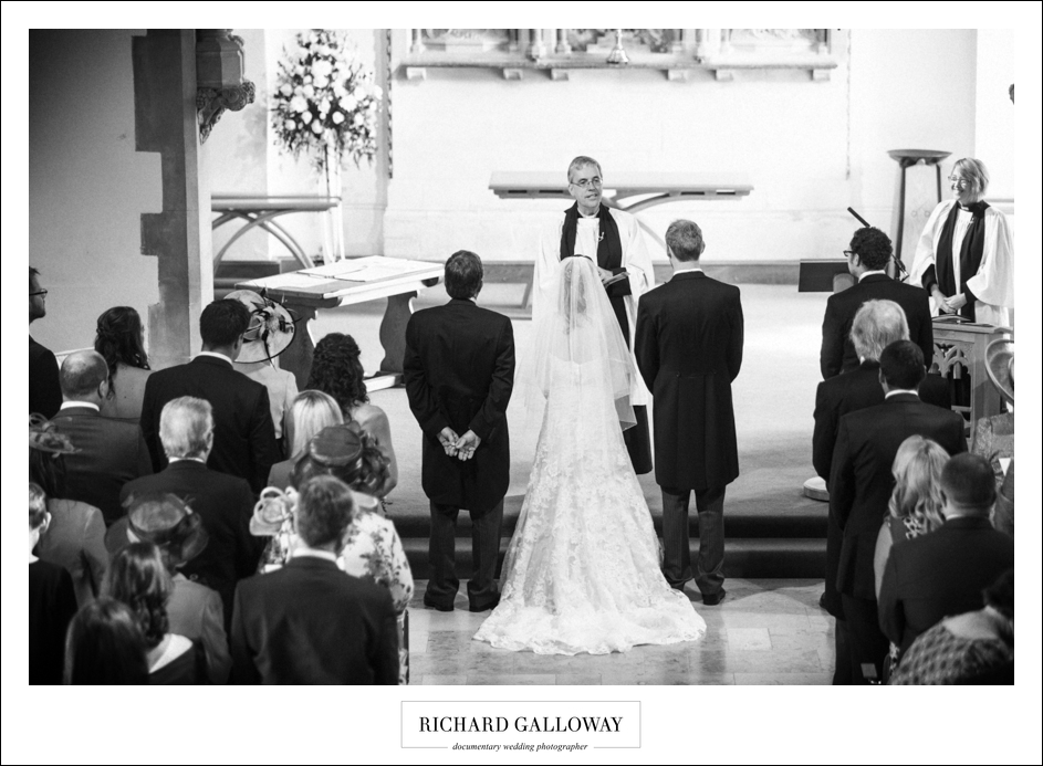 Richard Galloway in Berkshire Hampshire Wedding Photography 023