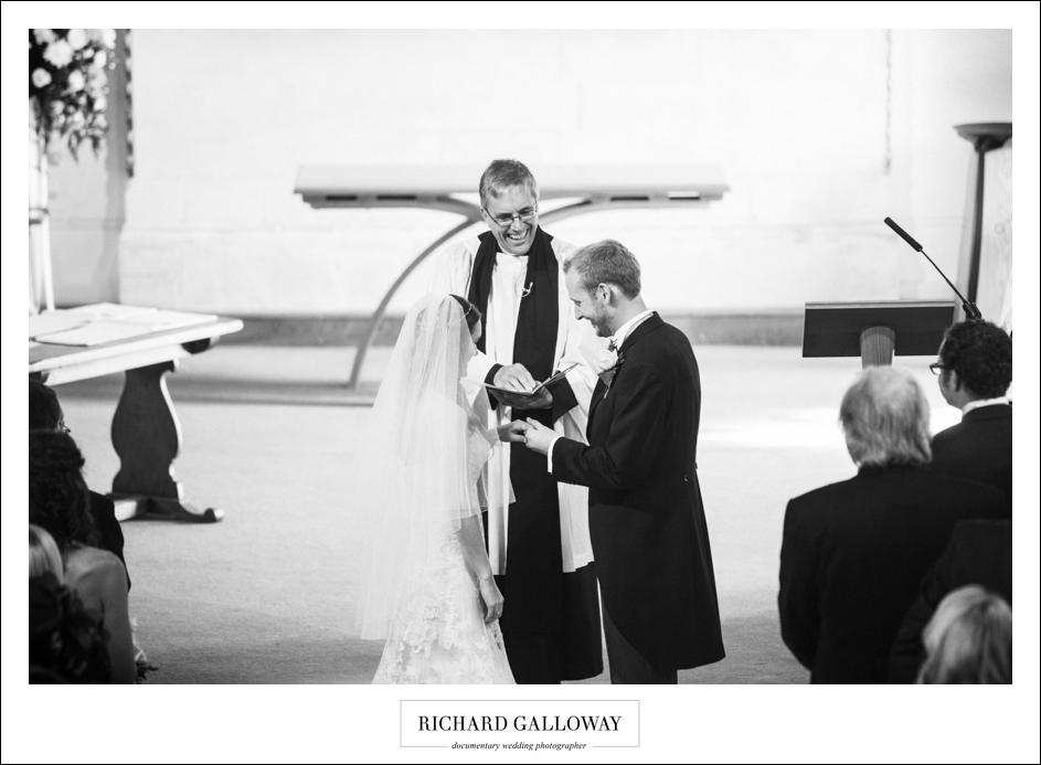 Richard Galloway in Berkshire Hampshire Wedding Photography 026