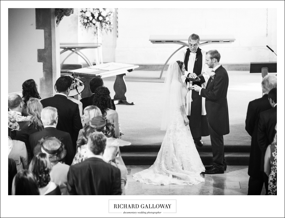Richard Galloway in Berkshire Hampshire Wedding Photography 027