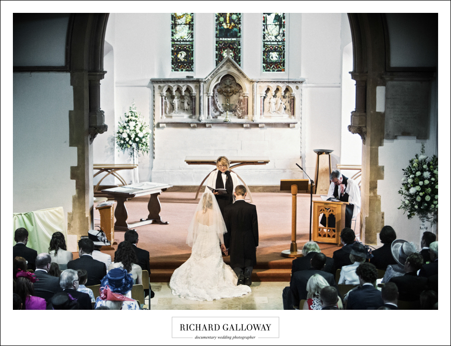 Richard Galloway in Berkshire Hampshire Wedding Photography 032
