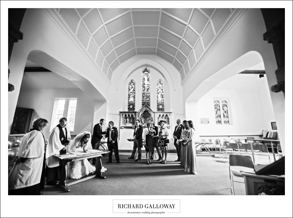 Richard Galloway in Berkshire Hampshire Wedding Photography 035