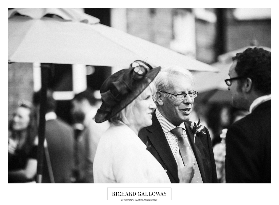 Richard Galloway in Berkshire Hampshire Wedding Photography 061