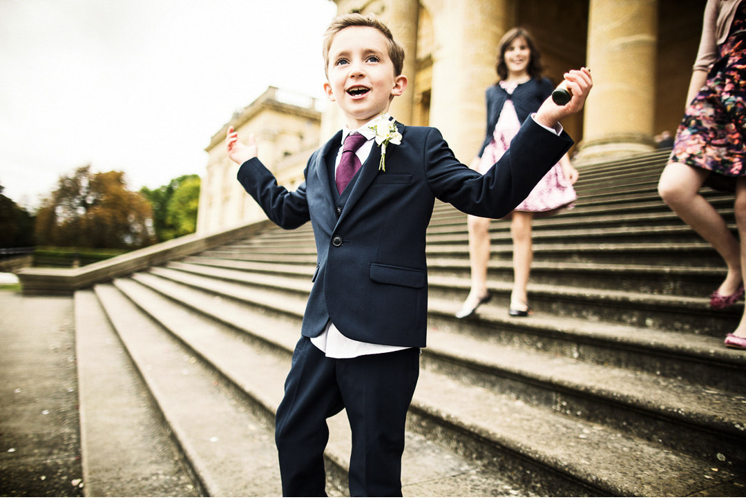 Natural pictures during Stowe House wedding