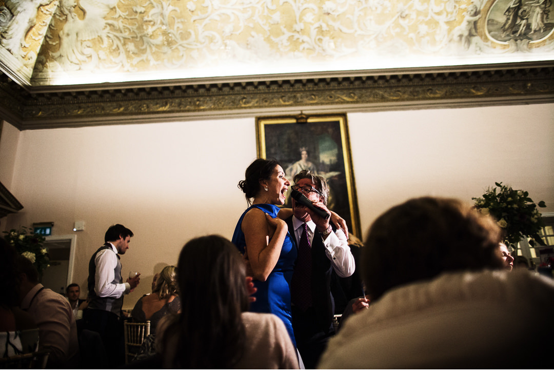 Guests singing Italian style at Stowe House
