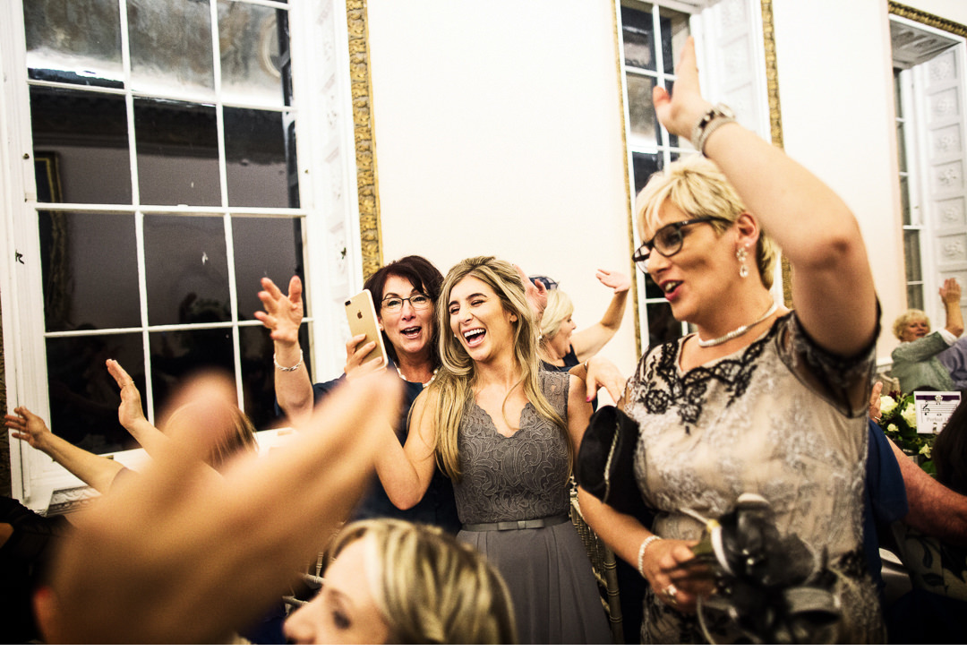 Everyone getting in on the act at a Stowe House wedding