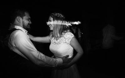 Grittenham Barn  Wedding Photography  Jo & Tom