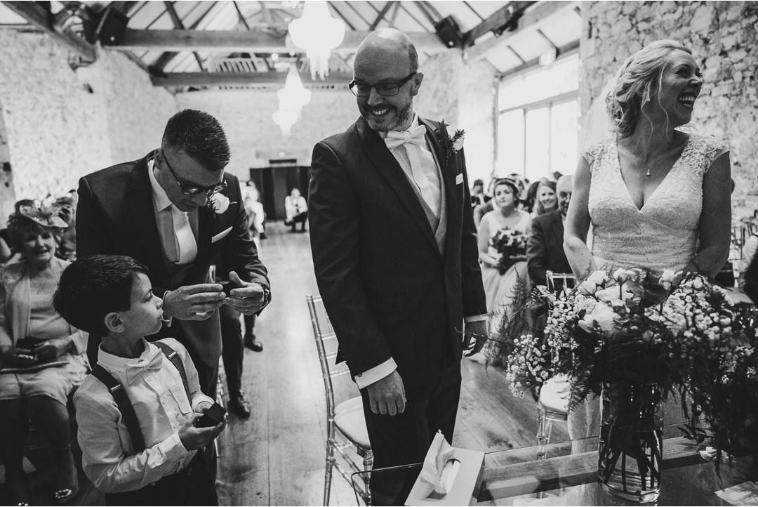 Handing over the wedding rings